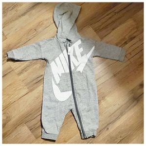 Nike one piece 3/6 months
